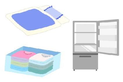 冷蔵庫と布団と衣装ケース