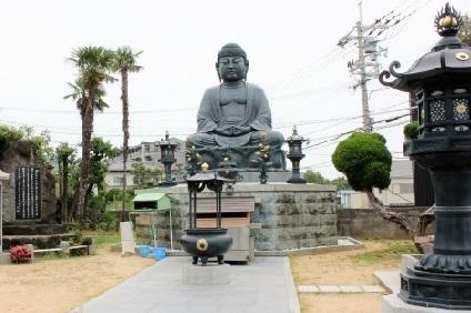 石切劔箭神社の石切大仏