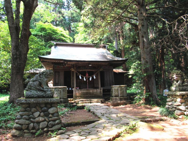 栃木県那須町にある静神社